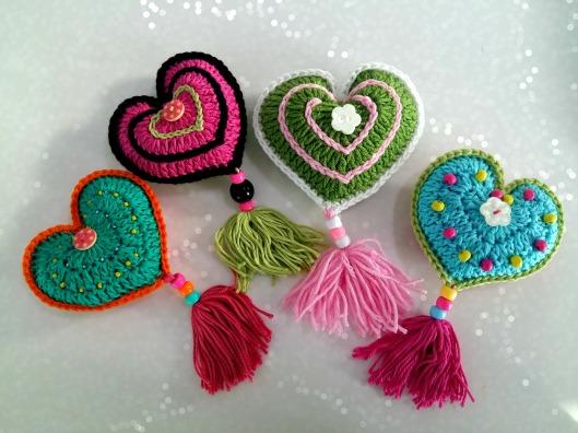 crochet-hearts-1